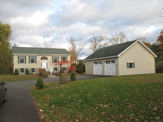 703 Hudson River Rd, Waterford, NY 12188