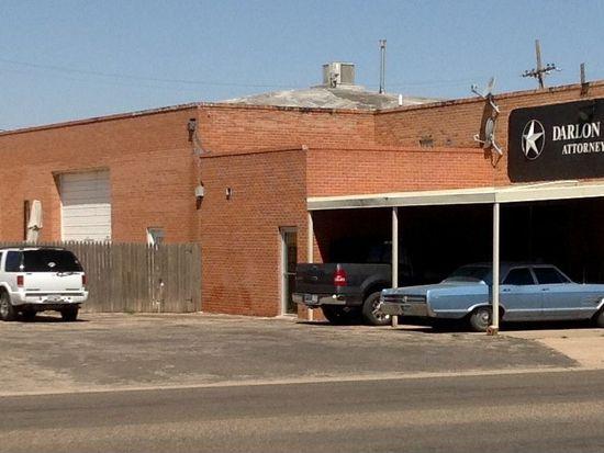 202 Avenue H, Levelland, TX 79336