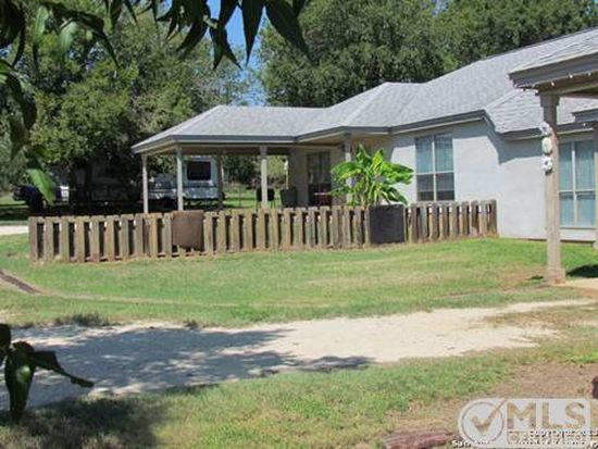 10823 La Vernia Rd, Adkins, TX 78101