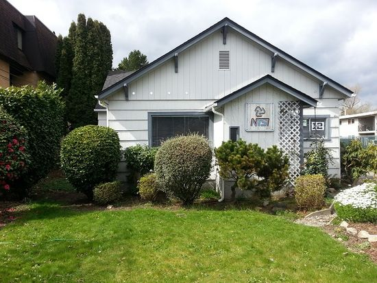 15 1st Ave NW, Issaquah, WA 98027