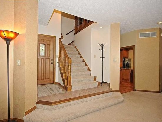 1117 Timber Climb Dr, Avon, IN 46123
