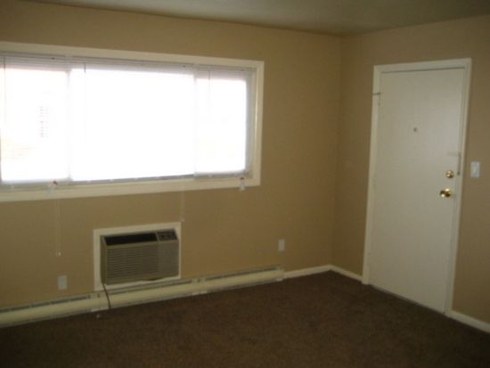 2121 Engle Rd APT 2A, Fort Wayne, IN 46809