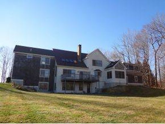 89 Beech Hill Rd, Exeter, NH 03833