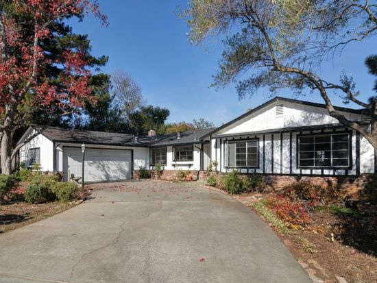 910 Oxford Dr, Los Altos, CA 94024