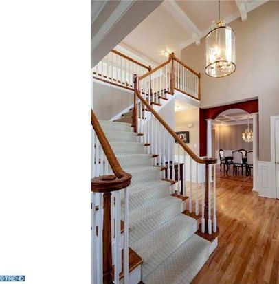 753 Applegate Ln, Bryn Mawr, PA 19010