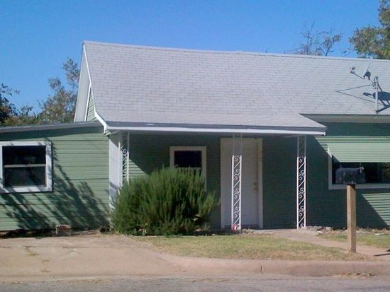 706 S Brazos St, Weatherford, TX 76086