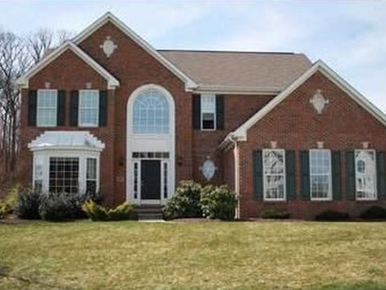 102 Blue Heron Dr, Wexford, PA 15090