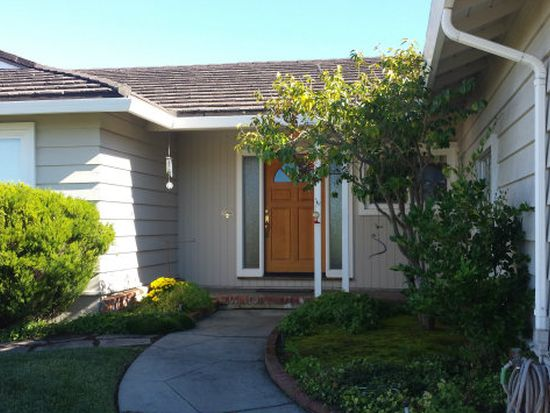 2813 Tiburon Way, Burlingame, CA 94010