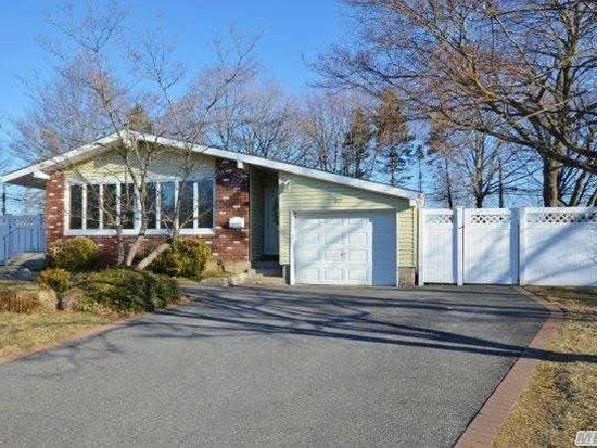 27 Havemeyer Ln, Commack, NY 11725