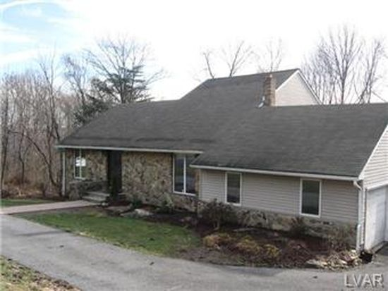 40 Stewart Ct, Easton, PA 18042