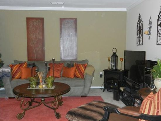 470 Great Beds Ct, Perth Amboy, NJ 08861