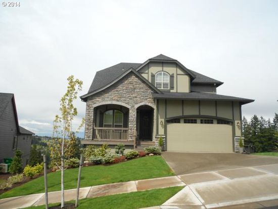 13659 SE Mountain Crest Dr, Happy Valley, OR 97086