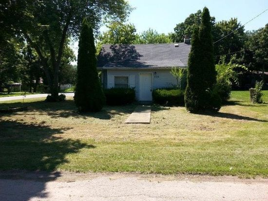 529 Garver Ave, Rockford, IL 61102