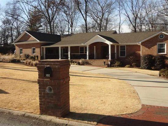 301 Bridgewater Dr, Greenville, SC 29615