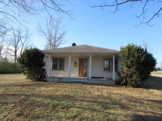 741 Lakeway Dr, Russell Springs, KY 42642