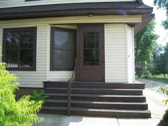 310 W Taylor St, Grant Park, IL 60940