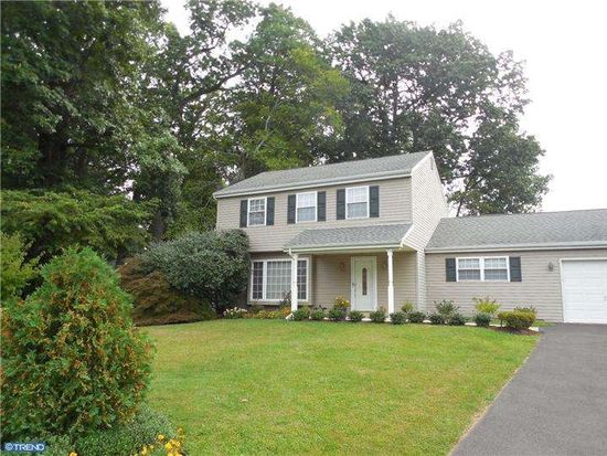 85 Home Rd, Hatboro, PA 19040