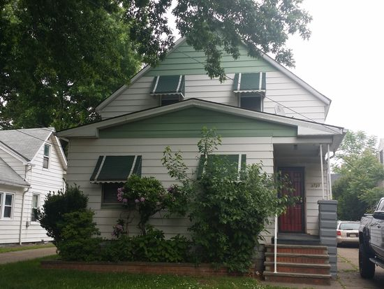 3723 E 57th St, Cleveland, OH 44105
