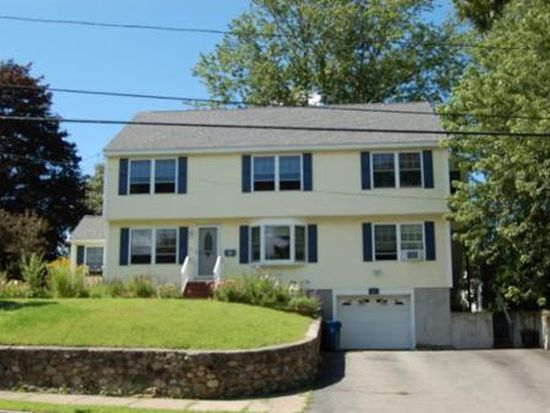 91 Mount Vernon St, Lawrence, MA 01843