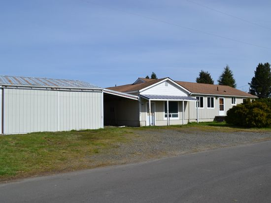 681 Shearer St, Forks, WA 98331