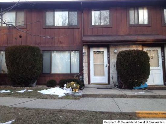 1782 Forest Hill Rd, Staten Island, NY 10314