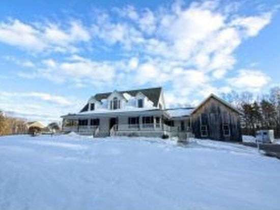 2 Forest Dr, East Kingston, NH 03827