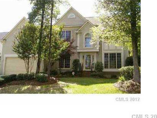 7334 Versailles Ln, Charlotte, NC 28277
