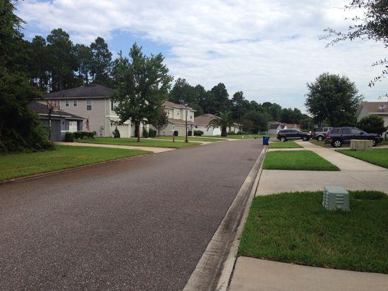 913 Collinswood Dr, Jacksonville, FL 32225
