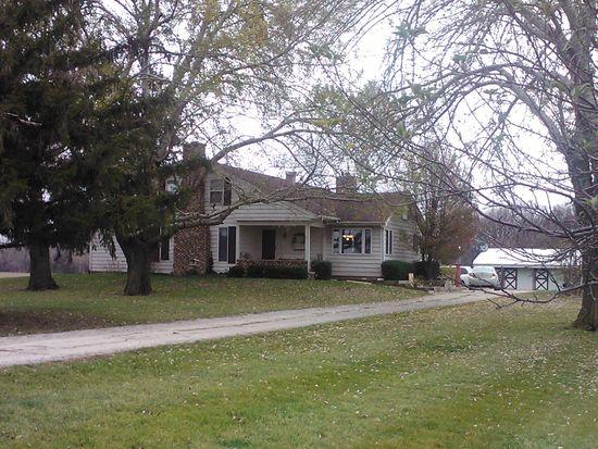 9S351 Clark Rd, Big Rock, IL 60511
