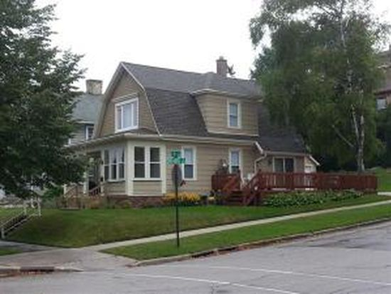 932 N 4th St, Sheboygan, WI 53081