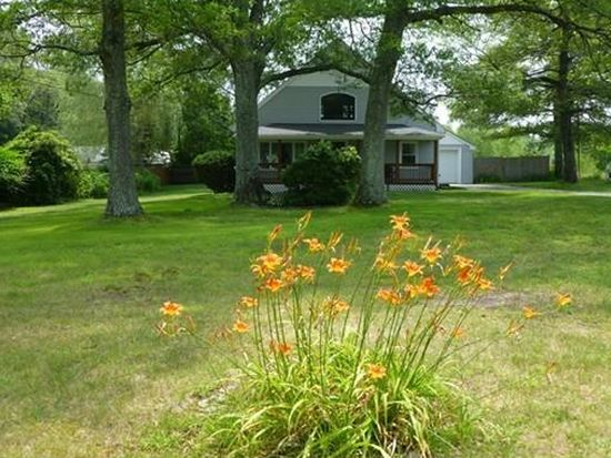 565 Tremont St, Rehoboth, MA 02769