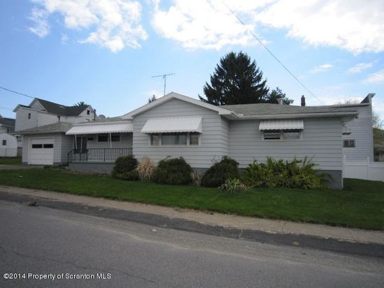 122 Homestead St, Dunmore, PA 18512