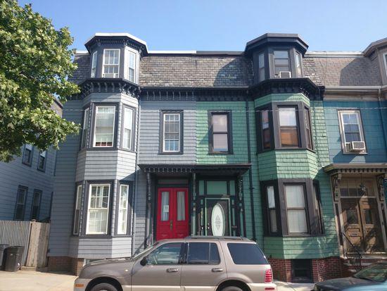 194 Dorchester St, Boston, MA 02127