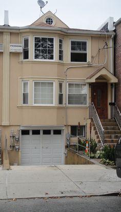 10443 116th St, South Richmond Hill, NY 11419