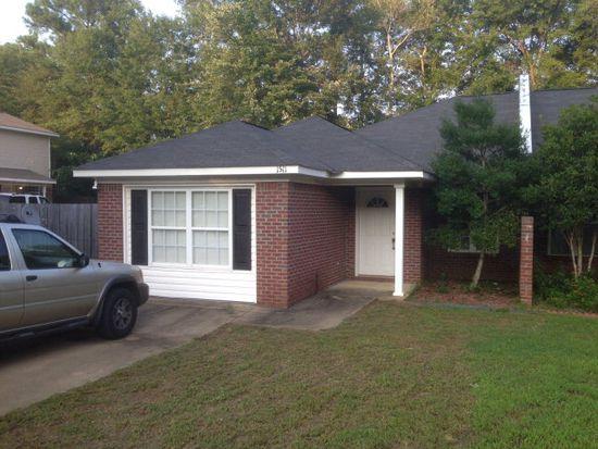 1511 Kendall Ct, Auburn, AL 36832