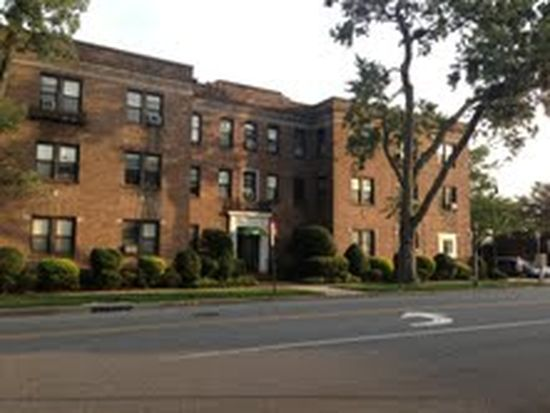 222 7th St # 2J, Garden City, NY 11530