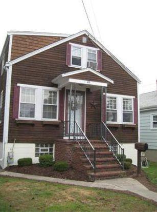 49 Russells Mills Rd, Dartmouth, MA 02748