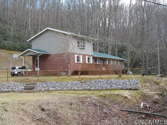 300 Garvel Mountain Rd, Burnsville, NC 28714