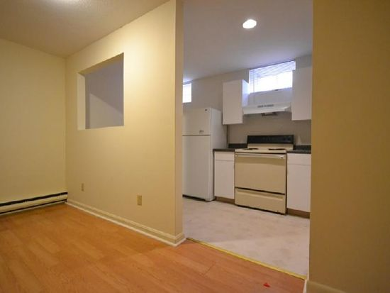 159 Cottage St APT 1, Boston, MA 02128