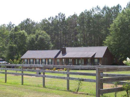206 Plantation Dr, Moultrie, GA 31768