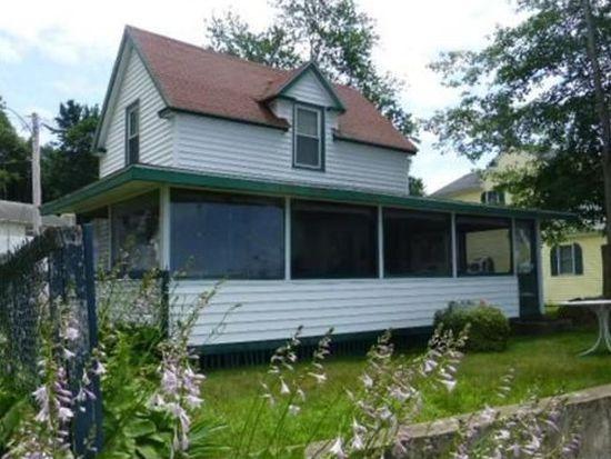4 Lake Ave, Merrimac, MA 01860