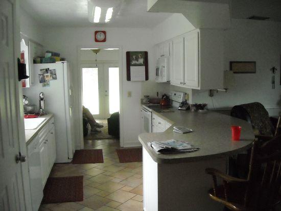 512 Lantern Cir, Temple Terrace, FL 33617