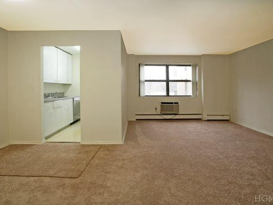 505 Central Park Ave APT 426, White Plains, NY 10606