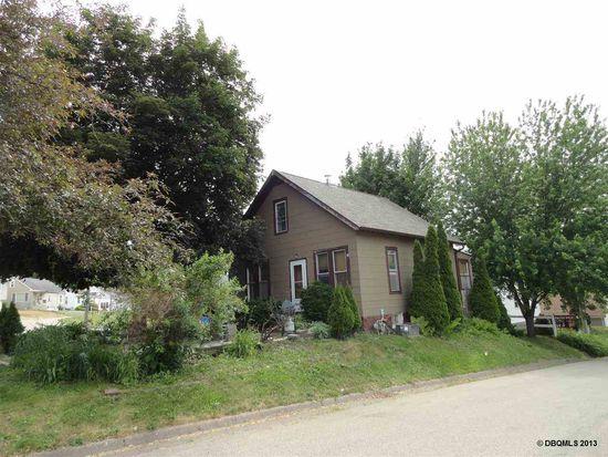 2633 Van Buren Ave, Dubuque, IA 52001