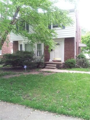 18826 Chandler Park Dr, Grosse Pointe Farms, MI 48236