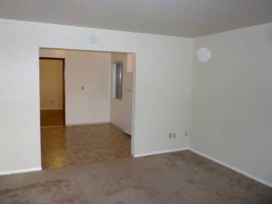 625 Queen Anne Ave N APT 203, Seattle, WA 98109