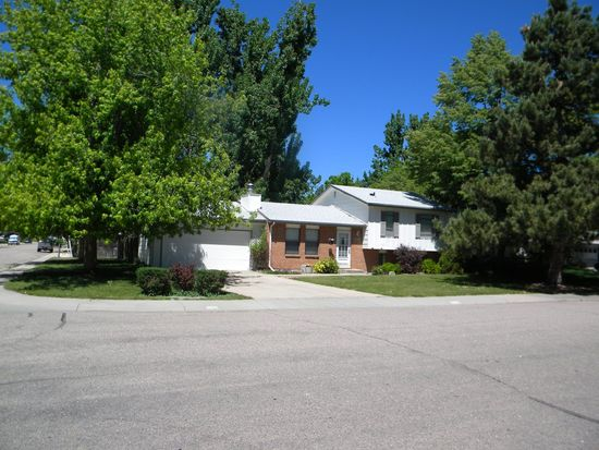 3519 Camelot Dr, Fort Collins, CO 80525