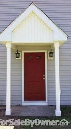 300 Woodycrest Dr, East Hartford, CT 06118