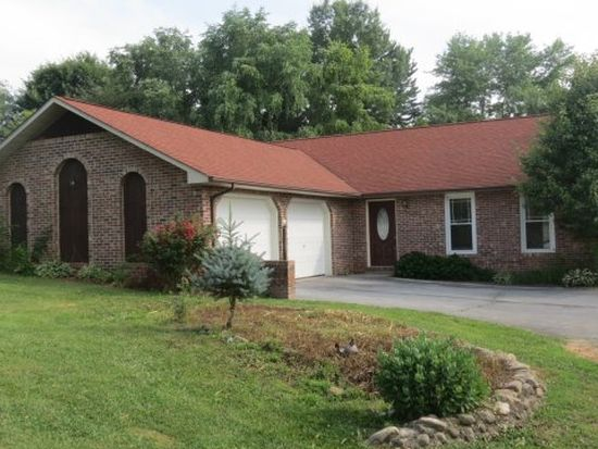 912 Carroll Creek Rd, Johnson City, TN 37601