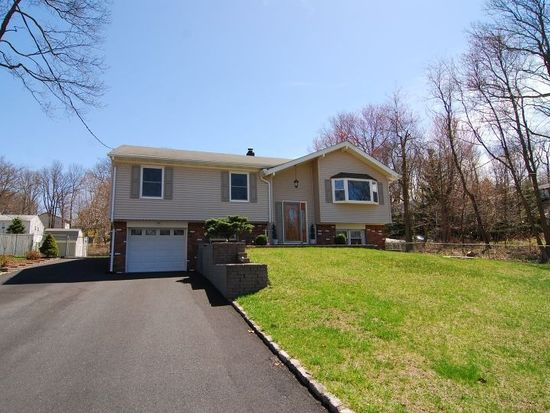 536 Mansel Dr, Landing, NJ 07850